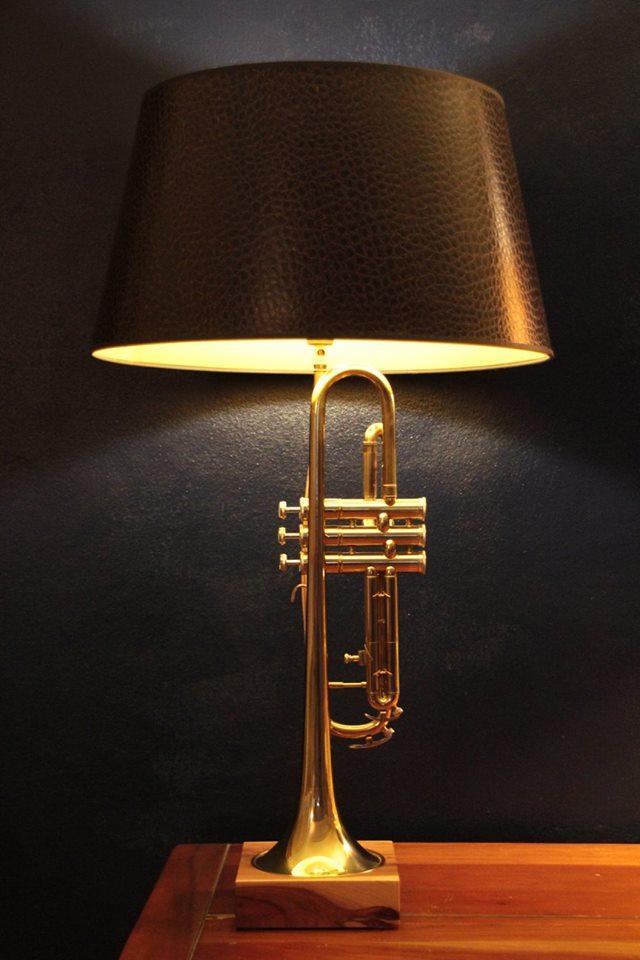 designed by tommy hilbert unikat einzelst ck lampen licht vintage design funktionale. Black Bedroom Furniture Sets. Home Design Ideas